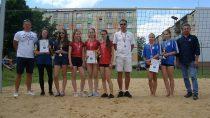 """Na""""Orliku"""" odbyły się Mistrzostwa Powiatu Wieluńskiego wSiatkówce Plażowej Dziewcząt iChłopców"""