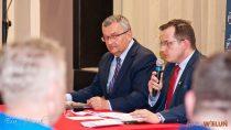 Spotkanie wWieluńskim Domu Kultury zministrem infrastruktury Andrzejem Adamczykiem
