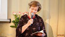 """Wieluńska poetka Nina Pawlaczyk przedstawiła swój nowy tomik poezji – """"Prosty rachunek"""""""