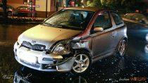 Nieudzielenie pierwszeństwa przejazdu przyczyną zderzenia dwóch samochodów