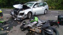 Trzy osoby ranne podczas zderzenia motocykla zsamochodem