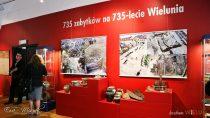 """Wystawa """"735 zabytków na735-lecie Wielunia"""" wwieluńskim muzeum nadal otwarta dla zwiedzających"""
