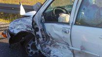 Dwaj poszkodowani wwyniku czołowego zderzenia aut przy obwodnicy Wielunia