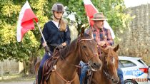 Rajd konny pokonał 100 km na100-lecie odzyskania przezPolskę niepodległości