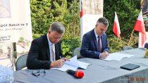 Długosz podpisał porozumienie zfirmą ZUGIL S. Apodczas rozpoczęcia roku szkolnego 2018/2019