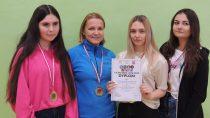 Reprezentantki II LO ireprezentanci ILO zwycięzcami Mistrzostw Powiatu Wieluńskiego wtenisie stołowym