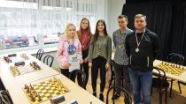 II Liceum Ogólnokształcące im.J. Korczaka wFinale Mistrzostw Województwa wSzachach Drużynowych