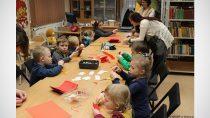 WFilii Bibliotecznej wDąbrowie odbyły się warsztaty walentynkowe