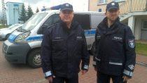 Policjanci eskortowali pojazd zośmiomiesięcznym chorym dzieckiem