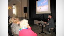 Wirtualna podróż naKubę studentów Uniwersytetu III Wieku wWieluńskim Domu Kultury