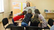 """WBibliotece Pedagogicznej wWieluniu odbyły się zajęcia dotyczące legendy """"Ballada oJanuszu iSarze"""""""