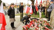 Uroczystości 79. rocznicy zbrodni katyńskiej wWieluniu