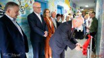 Wmurach II LO im.J. Korczaka wWieluniu otwarto Bezpłatną Wypożyczalnię Sprzętu Rehabilitacyjnego
