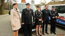 MLKS Wieluń podarował swojego fiata ducato strażakom zOSP Wieluń