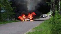 Wmiejscowości Wróblew doszło dopożaru samochodu