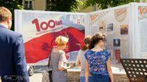 Napl.Legionów wWieluniu otwarto wystawę oubezpieczeniach społecznych wPolsce wlatach 1918 – 2018 ihistorii ZUS