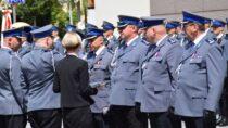 Wieluńscy policjanci wzięli udział wuroczystych obchodach wBełchatowie 100. rocznicy powołania Policji Państwowej