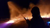 Wokolicach miejscowości Ożarów płonęło zboże