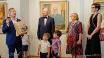 Wwieluńskim muzeum otwarto wystawę malarską profesora Jana Szancenbacha