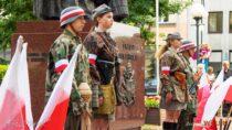 Wielunianie uczcili 75. rocznicę wybuchu Powstania Warszawskiego