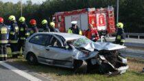 Jedna osoba zobrażeniami ciała naskutek wypadku drogowego na115 km drogi ekspresowej S8