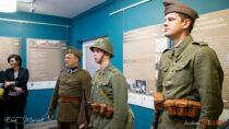 Wbibliotece powiatowej otwarto wystawę o28 pułku Strzelców Kaniowskich