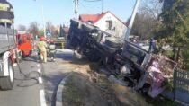 WWieluniu na172 km drogi krajowej nr45 pojazd ciężarowy wypadł zjezdni dorowu