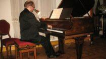 VI Rubinstein Piano Festival iwystęp Wojciecha Świtały wMuzeum Wnętrz Dworskich wOżarowie