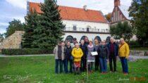 Wieluńscy muzealnicy uczcili 93. rocznicę powstania pierwszego wieluńskiego muzeum iŚwiatowy Dzień Drzewa