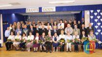 16 par zGminy Czarnożyły wGminnym Ośrodku Kultury wCzarnożyłach świętowało Złote Gody