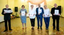 Związek Nauczycielstwa Polskiego wWieluniu uroczyście uczcił Dzień Edukacji Narodowej oraz114 rocznicę powstania ZNP