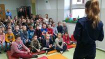 Wieluńscy policjanci omawiali wszkołach bezpieczeństwo podczas ferii zimowych