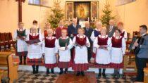 Koncert kolęd ipastorałek Zespołu Śpiewaczego Czeremcha wKościele św.Wojciecha wRudzie