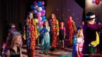 """W""""Domku Harcerza"""" odbył się bajecznie kolorowy bal kostiumowy dla dzieci"""