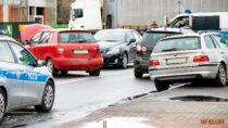 Zderzenie czterech samochodów. 30-latek zobrażeniami wszpitalu