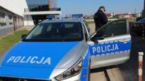 Wieluńska policja wspiera służby medyczne isanitarne