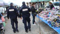 Wieluńscy policjanci orazstrażnicy miejscy wspólnie patrolują narzecz bezpieczeństwa