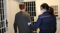 Policjanci zatrzymali agresywnego 22-letniego złodzieja ijego 37-letniego kolegę