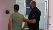 42-letni kierujący zatrzymany pijany ibezuprawnień