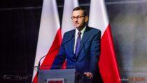 Premier Mateusz Morawiecki: placówki handlowe będą mogły działać wnajwyższym reżimie sanitarnym
