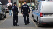 Policjanci zwieluńskiej Komendy sprawdzają przestrzeganie obostrzeń