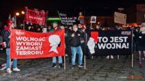 Tłumy przeszły ulicami miasta podczas Wieluńskiego Strajku Kobiet