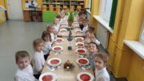 Wieluńskie przedszkolaki uczciły Boże Narodzenie wspólną Wigilią