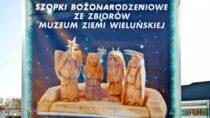 """WWieluniu zagościła wystawa """"Szopki bożonarodzeniowe zezbiorów Muzeum Ziemi Wieluńskiej"""""""