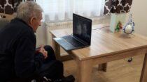 Terytorialsi połączyli 40 seniorów zrodzinami on-line