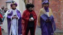 WCzarnożyłach odbył się symboliczny Orszak Trzech Króli