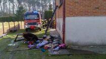 Siedem zastępów straży gasiło pożar budynku wmiejscowości Rychłocice