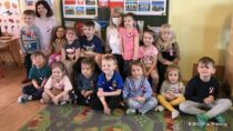 Przedszkolaki wDąbrowie poznawały symbole narodowe