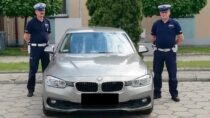 Wieluńscy policjanci eskortowali rodzącą kobietę doszpitala