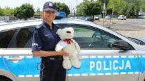 """Wieluńscy policjanci przyłączyli się doakcji – """"Stop przemocy wobec dzieci"""""""